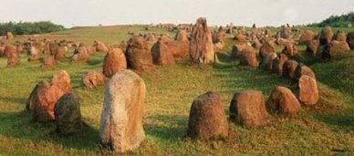 Vikingen%20-%20begraafplaats%2001%20in%20Denemarken