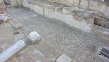 Byzantijnse kerk met mogelijk het graf van Zacharia