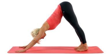 conseils-yoga-exercice-yoga-minute-chien-tete-en-bas