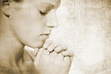 praying women1