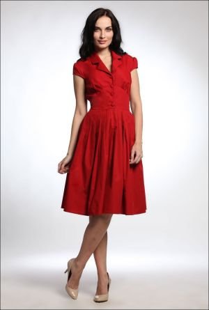 Red-Fashion-Ladies-Casual-Dresses-And-Fashion-Model-Photography