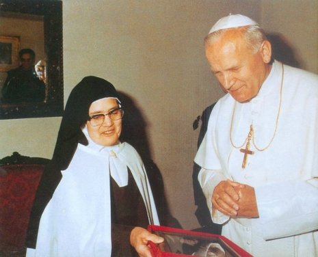 Lucia en paus Johannes Paulus 2